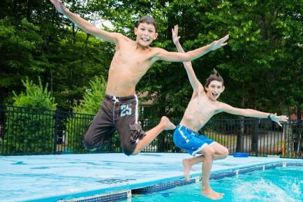 boys-pool-jump