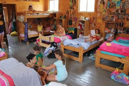 bunk-girls-spacious